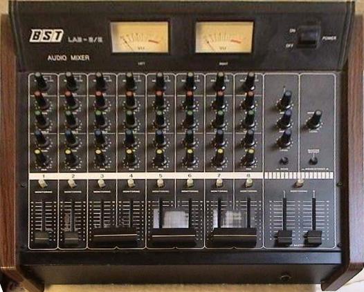 table de mixage bst lab' 8/x
